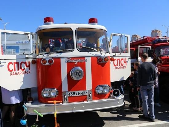 370-летие пожарной охраны отметили в Хабаровске