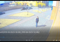 Красноярцев просят помочь найти грабителя