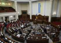 О необходимости формирования нового правительства ранее заявила лидер партии «Батькивщина» Юлия Тимошенко