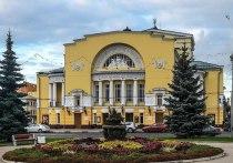 Скандал вокруг объединения Волковского театра с Александринкой оброс кляузами