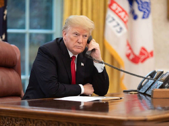"Трамп пообещал Кубе санкции ""самого высокого уровня"" из-за поддержки Мадуро"
