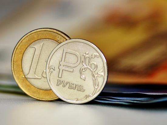 Курс евро достиг 73 рублей