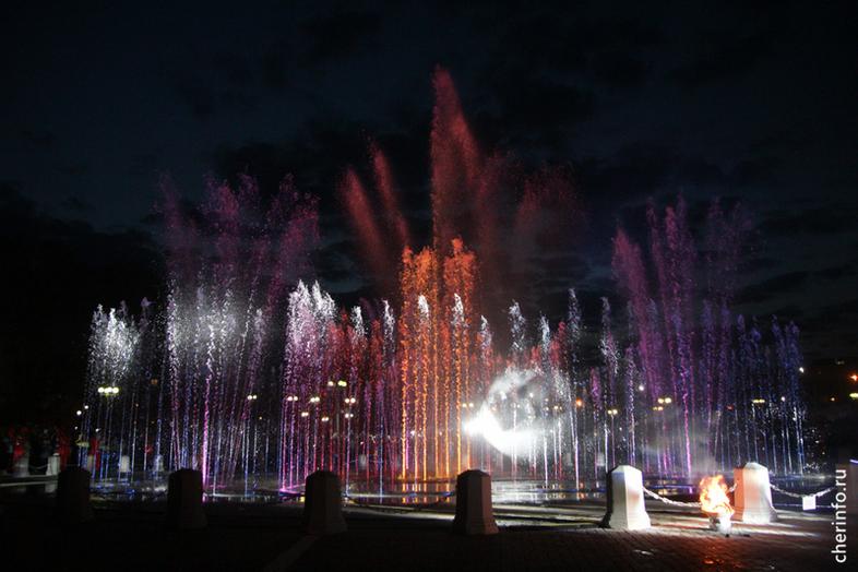 Новый фонтан заработал в Череповце