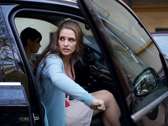 Подписчики не верят, что актриса рассталась с роскошными волосами