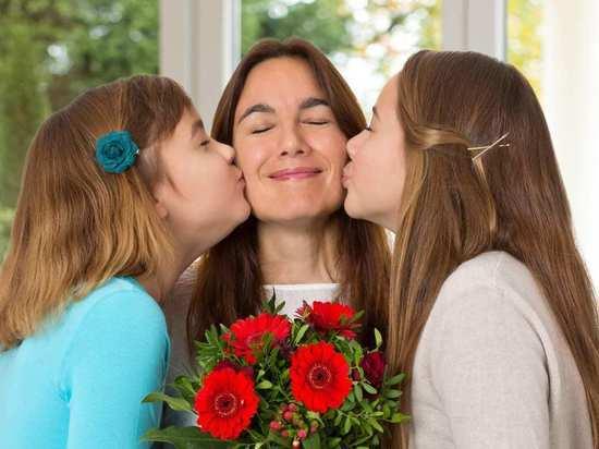Как необычно провести День матери
