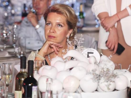 """Кабмин опроверг родство жены Медведева и глав """"Мираторга"""""""
