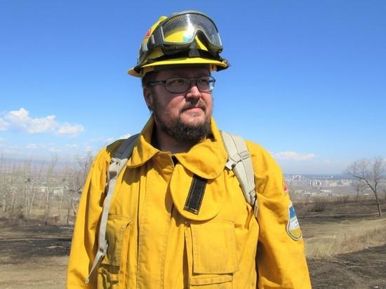 Зачем пожарный из Америки забил руку «Читой»