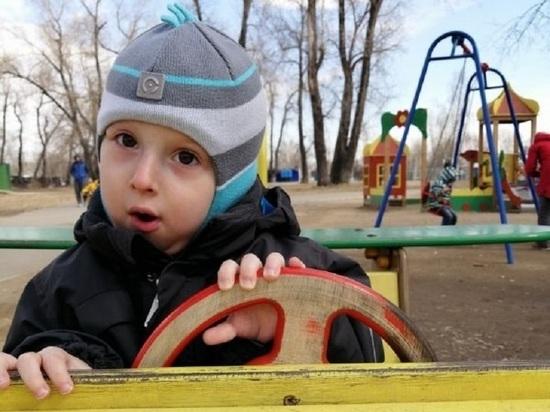 Малыш из Красноярска страдает от редчайшей в мире болезни