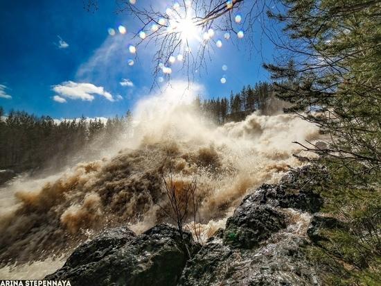 Самый большой в Карелии водопад можно увидеть в первые дни мая