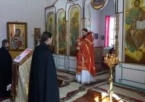 В храмах Мурманской области начались траурные богослужения