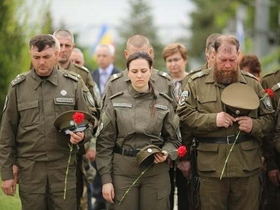 Волгоградцы на мемориале «Остров Людникова» почтили память павших