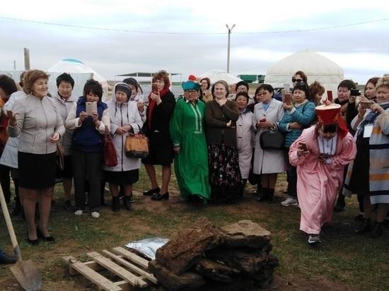 Чеченские педагоги дали в Калмыкии мастер-классы