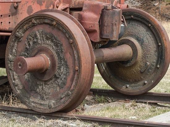 Кузбасский железнодорожник продавал вагонные колёса под видом металлолома
