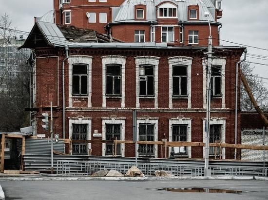 Недостаточная гражданская инициатива: историческую усадьбу в Барнауле уничтожают по закону