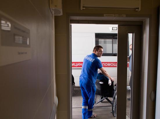 В Урюпинском районе водитель легковушки врезался в джип
