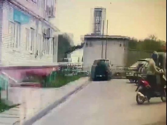 Скрывающийся от следствия калужанин пытался уйти от полиции на скутере