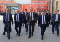 Новосибирский губернатор оценил ход строительства школ по нацпроекту