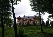 В поместье Януковича Межигорье начали искать тайный бункер