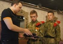 Эхо холостой стрельбы: следователи развернули бурную деятельность из-за подарка депутата Дмитрия Ионина юнармейцам
