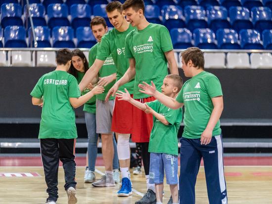 В конце апреля завершилась вторая часть социального проекта «One Team»