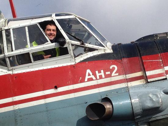 Стало известно, что спас из «Суперджета» вернувшийся туда пилот