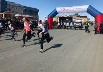 Легкоатлетическая эстафета прошла в Салехарде в День Победы