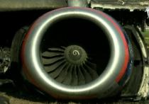 Среди многочисленных версий катастрофы «Суперджета» в аэропорту «Шереметьево» появилась еще одна — к крушению воздушного судна привело повреждение двигателя после удара молнии