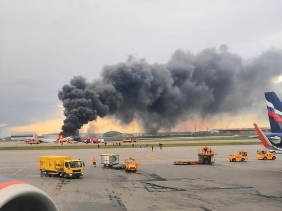 В Шереметьево назвали причину возвращения Superjet в аэропорт