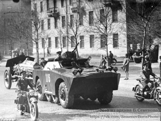 Найдены уникальные кадры захоронения Неизвестного солдата в Петрозаводске