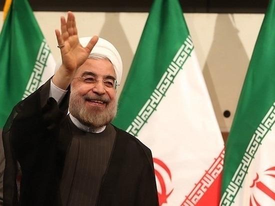 Президент Ирана объявил о приостановке части обязательств по ядерной программе