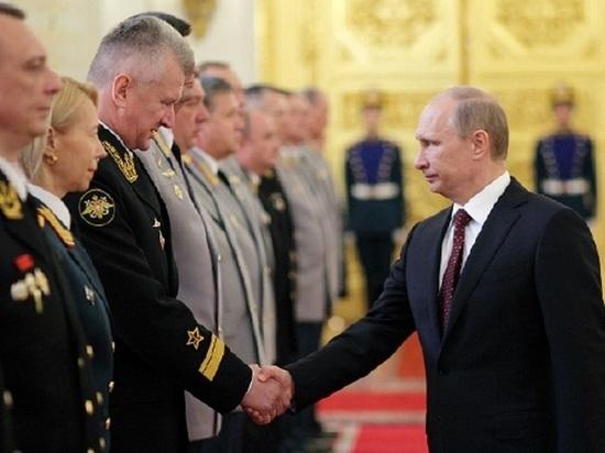 Им стал бывший командующий Северным флотом адмирал Николай Евменов