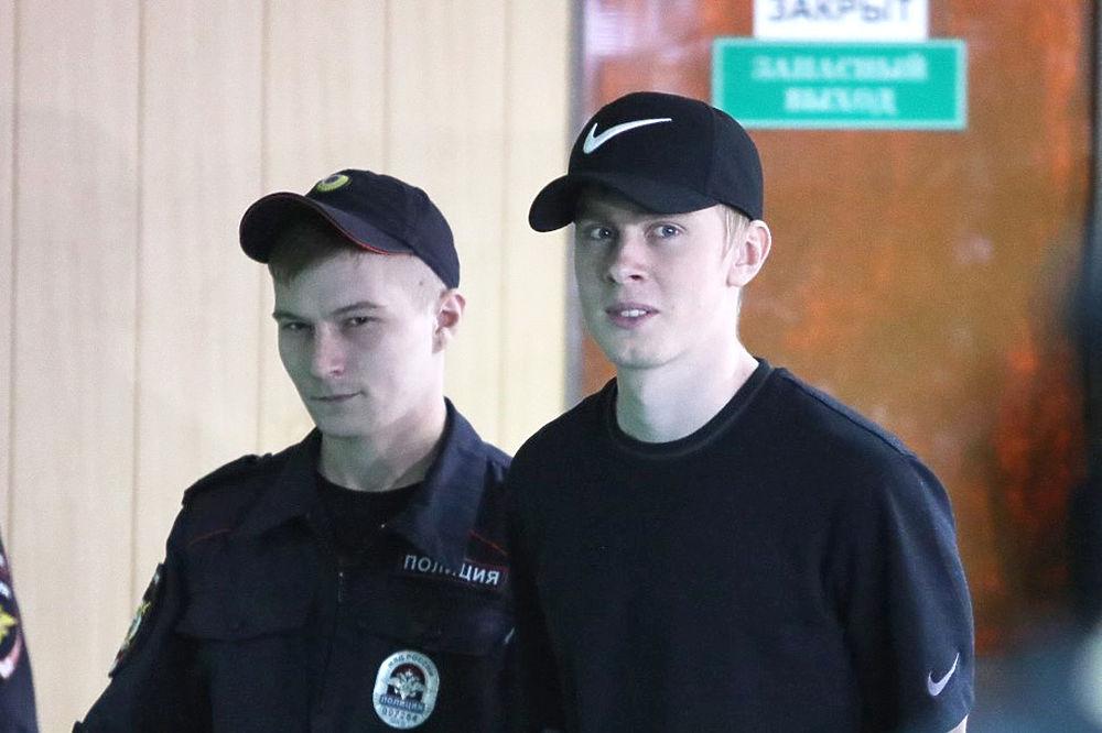 Кокорин и Мамаев прибыли в суд на оглашение приговора