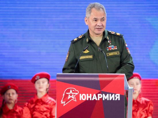 По мнению министра обороны в работе с молодежью нет места показухи и имитации кипучей деятельности