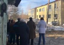 В ноябрьской двухэтажке загорелась квартира