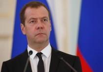 Медведев отправил калужскому губернатору телеграмму