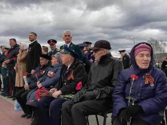Осипов призвал низко поклониться ветеранам