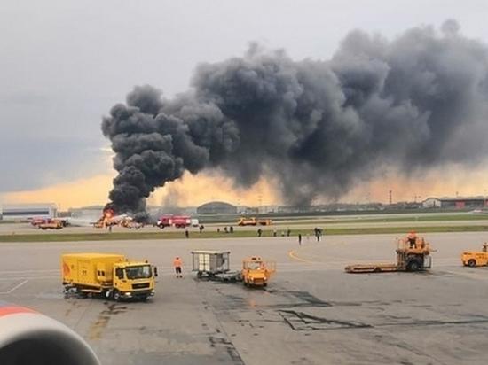 """""""В Sukhoi Superjet 100 за годы эксплуатации 13 раз попадала молния, и ничего с самолетом не происходило"""""""