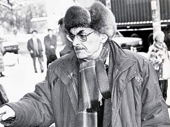 9 мая исполнилось бы 95 лет великому поэту