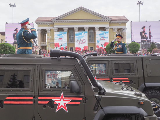 Вооружение Россиийской армии представили на параде в Ставрополе