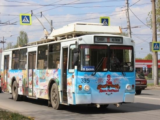 9 мая в Иванове  курсировали два «Троллейбуса памяти»