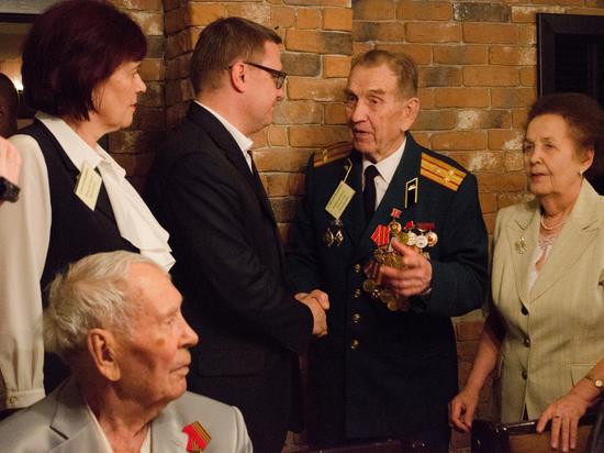 Родственники ветеранов пожаловались Текслеру на невнимание со стороны властей