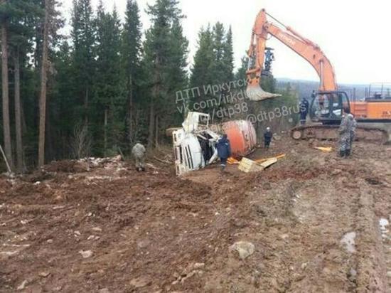 Бензовоз перевернулся в Жигаловском районе
