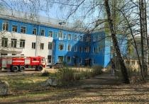 Из-за пожара в больнице Дегтряска эвакуировали 14 человек