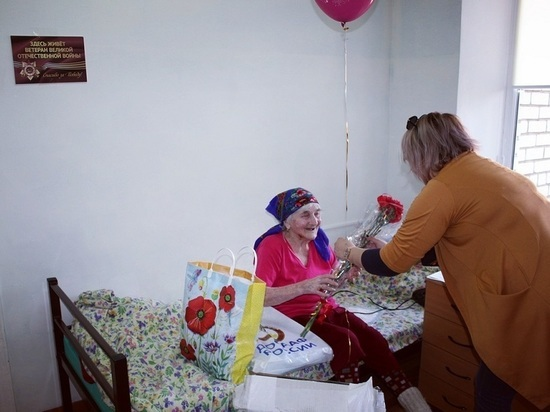 В калмыцком доме для престарелых чествовали ветеранов