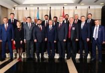 Делегация из Крыма поздравила ДНР с пятилетием