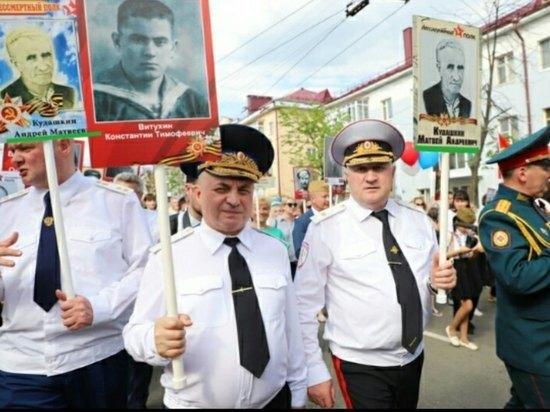 Саранский «Бессмертный полк»: главе МВД, прокурору и епископу «достался» один ветеран