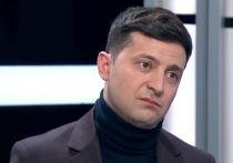 Владимир Зеленский, избранный президентом три недели назад, все никак не может вступить в должность