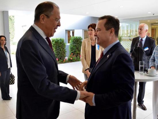 Российский газопровод — основная причина политического давления на власти Сербии