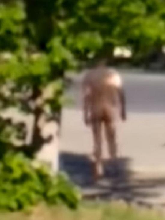Ранним утром в центре Ярославля прогуливался эксгибиционист