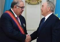 Назарбаев вручил орден Дружбы основателю холдинга «ЮэСэМ» Усманову